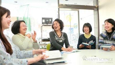 月刊「幸福の科学」_輪読会のようす